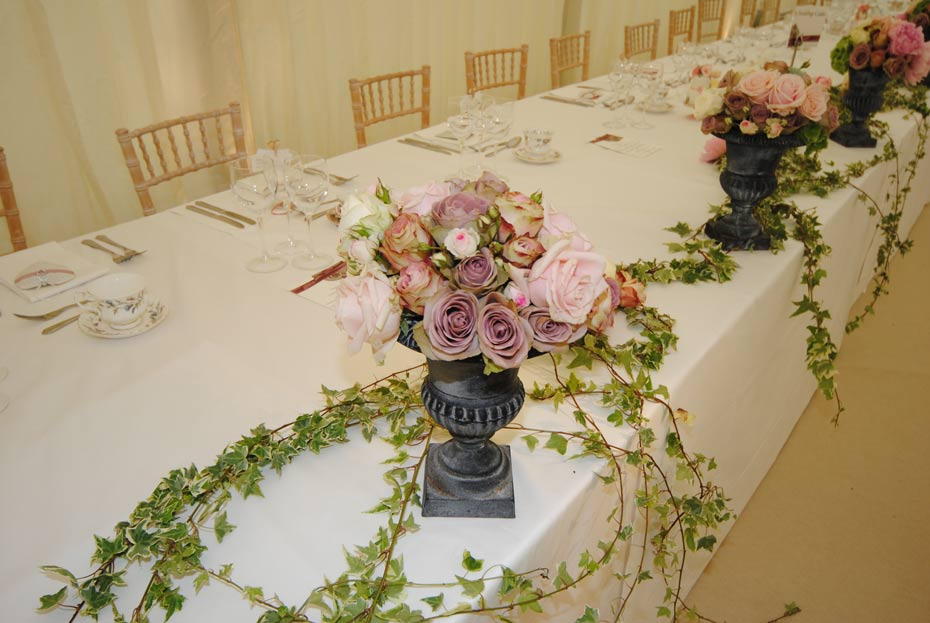beautiful vintage flower on the main wedding table