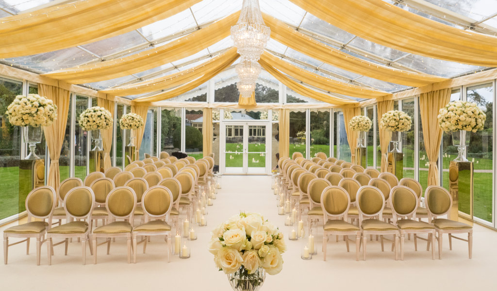 luxury clear roof marquee